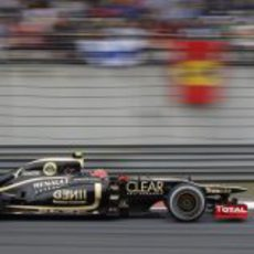 Romain Grosjean rueda en la carrera de China