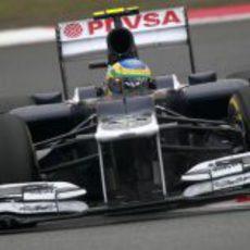 Bruno Senna rueda en Shanghái
