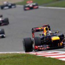 Dura jornada en la oficina para Sebastian Vettel