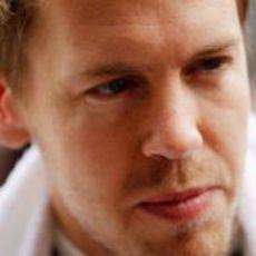 Cara de pocos amigos para Sebastian Vettel