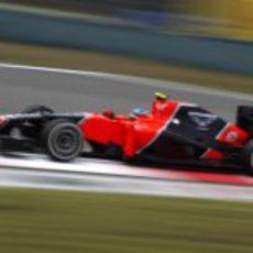 Charles Pic rueda durante la clasificación de China
