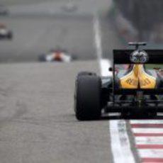 Vista trasera del CT01 de Heikki Kovalainen en China