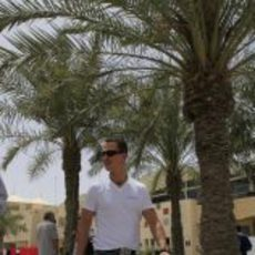 Michael Schumacher llega al circuito de Sakhir