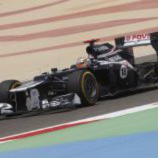 Pastor Maldonado durante la clasificación del GP de Baréin