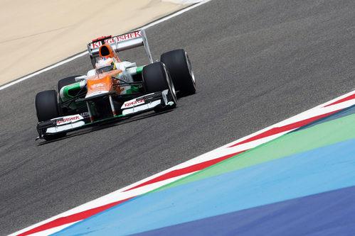 Paul di Resta durante la clasificación del GP de Baréin