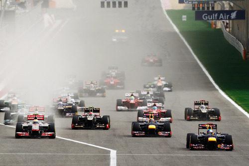 Primeros metros del GP de Baréin 2012