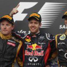 Räikkönen, Vettel y Grosjean en el podio de Baréin