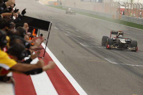 Kimi Räikkönen vuelve al podio en Baréin