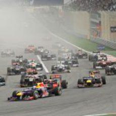 Primera curva del GP de Baréin 2012