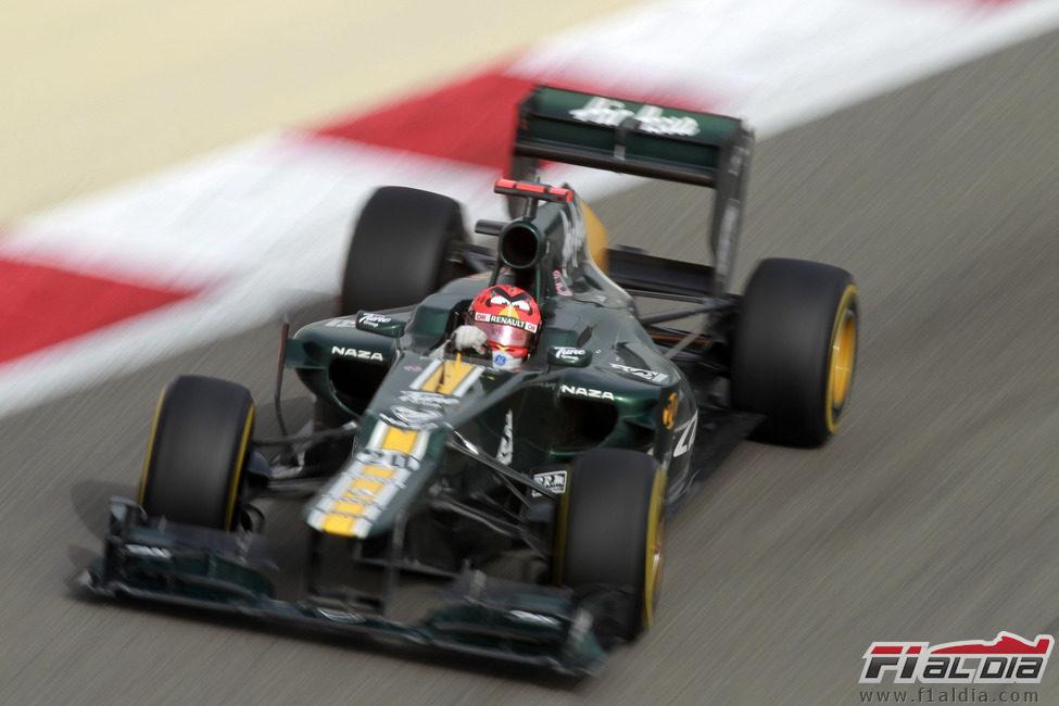 Heikki Kovalainen a los mandos del CT01 en Baréin