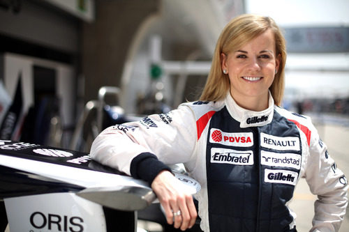 Susie Wolff, con Williams en China