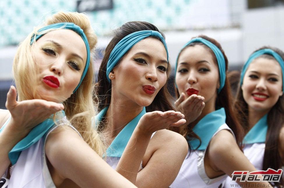 Las 'pitbabes' del GP de Malasia 2012