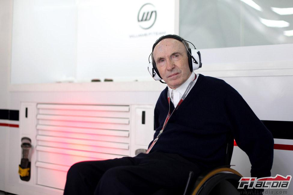Sir Frank Williams en su silla de ruedas
