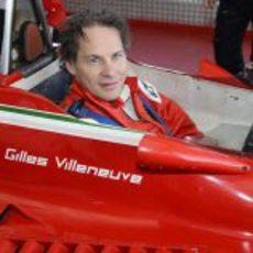 Jacques sentado en el 312 T4 de Gilles Villeneuve