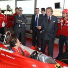 Luca di Montezemolo habla con Jacques Villeneuve en Fiorano