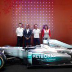 Nick Fry, Richard Brekelmans, Michael Schumacher y Nadege Dumont en el hotel W Barcelona