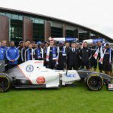 El Chelsea FC junto al Sauber en Cobham, Londres