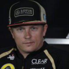 Kimi Räikkönen en la rueda de prensa de la FIA en Barcelona