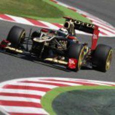 Kimi Räikkönen rueda en los libres del GP de España 2012