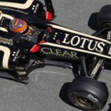 Romain Grosjean a bordo del Lotus E20 en el GP de España 2012