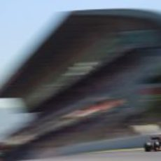 Kimi Räikkönen 'vuela' en la recta de meta del Circuit de Catalunya