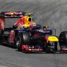 Mark Webber completa un giro más en Montmeló