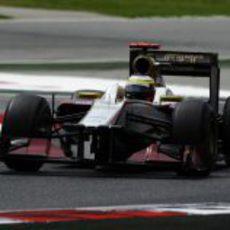 Pedro de la Rosa conduce en Montmeló el F112