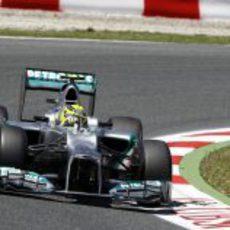 Nico Rosberg rueda a los mandos del W03 en Montmeló