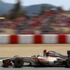 Pedro de la Rosa conduce su F112 en Montmeló