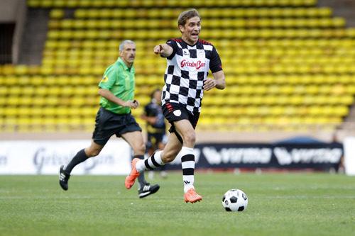 Vitaly Petrov en el partido benéfico de Mónaco
