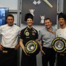 Grosjean y Button en un acto de Pirelli en Mónaco