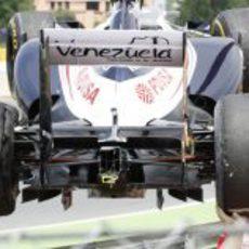 Vista trasera del Williams de Senna accidentado