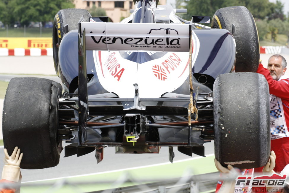 Vista trasera del Williams de Senna accidentado