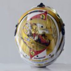 Casco especial de Fernando Alonso para el GP de Mónaco 2012 (superior)