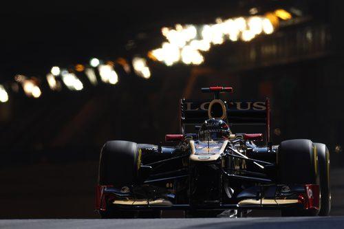 Kimi Räikkönen sale del túnel de Mónaco
