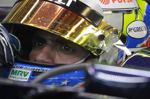 Pastor Maldonado concentrado tras los primeros libres del GP de Mónaco 2012