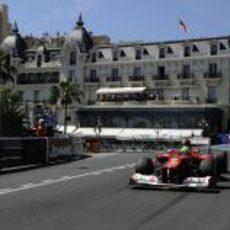 Felipe Massa sigue mejorando sus cronos en Mónaco