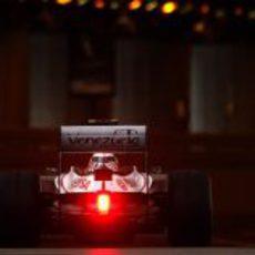 Bruno Senna entra en el túnel de Mónaco