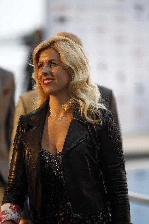 Maria de Villota desfila en el Amber Fashion de Mónaco