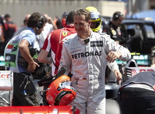 Michael Schumacher tras lograr el mejor tiempo en Mónaco