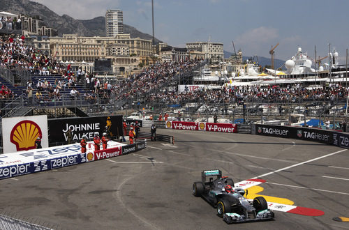 Michael Schumacher camino del mejor tiempo en Mónaco 2012