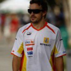 Fernando Alonso por Malasia