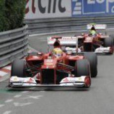 Alonso y Massa en el GP de Mónaco 2012
