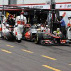 Parada en boxes de Lewis Hamilton en Mónaco 2012