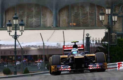 Jean-Eric Vergne rueda en el circuito urbano de Mónaco