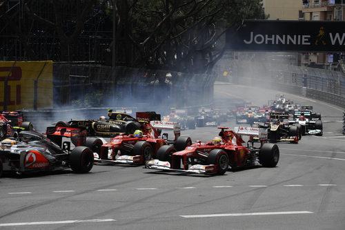 Fernando Alonso y Felipe Massa salen bien en Mónaco