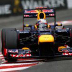 Sebastian Vettel rueda en la sexta posición en Mónaco