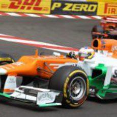 Paul di Resta pasa la chicane de Mónaco