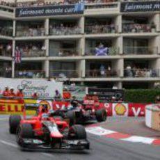 Charles Pic rueda durante la carrera del GP de Mónaco