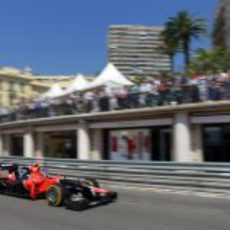 Charles Pic rueda a los mandos del MR01 en la clasificación de Mónaco